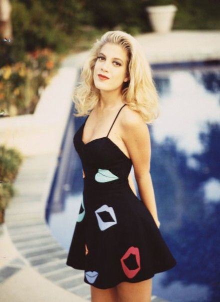 Tori Spelling As Donna Martin On Beverly Hills 90210 90s