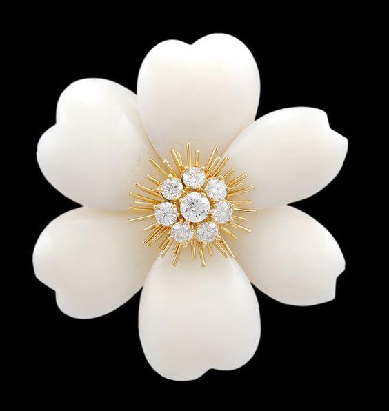 VAN CLEEF & ARPELS Diamond & White Coral Flower Pin