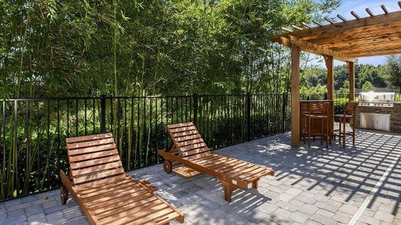 Outdoor kitchens lounge chairs and cove on pinterest for Outdoor kitchen designs orlando