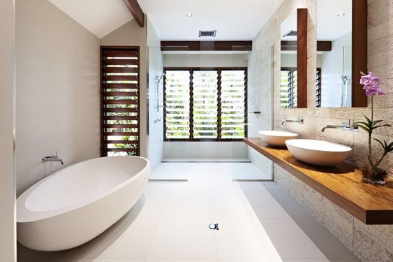 Chris vandyke designs rainforest pole house far north for Bathroom design brisbane queensland