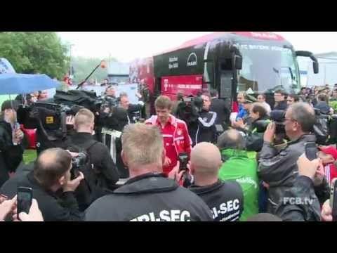 FOOTBALL -  Die #FCBNews vom Traumspiel in Weiden - Fußballfest beim Guardiola-Einstand - http://lefootball.fr/die-fcbnews-vom-traumspiel-in-weiden-fusballfest-beim-guardiola-einstand/