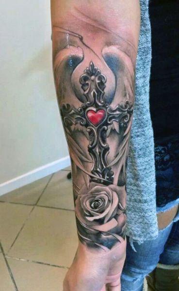 Tatuaże Religijne Krzyż Z Sercem Tatuaże Tatuaże
