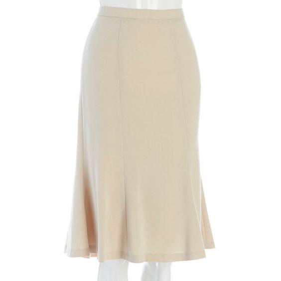 Estiramiento de la llamarada falda de Midi