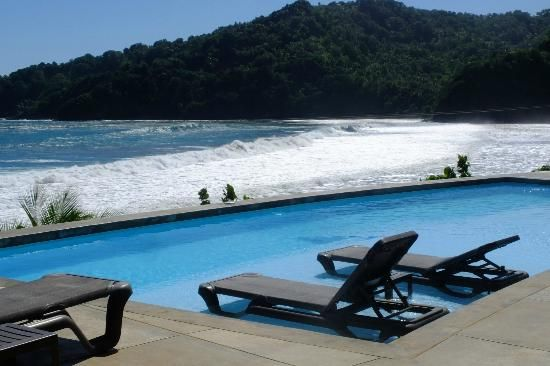 Pagua Bay House Oceanfront Cabanas, Dominica