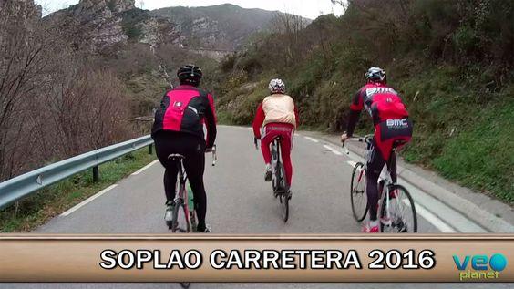 Acompaña a Josema Fuente y compañía por parte del recorrido de los 10000 del Soplao. Para dicha marcha, que tendrá lugar en junio, se han propuesto citar -en la casa rural La Hondonada- a toda una generación de ex-ciclistas profesionales para darles el homenaje que se merecen. No os lo perdáis. Fuente:BikeZonaTV