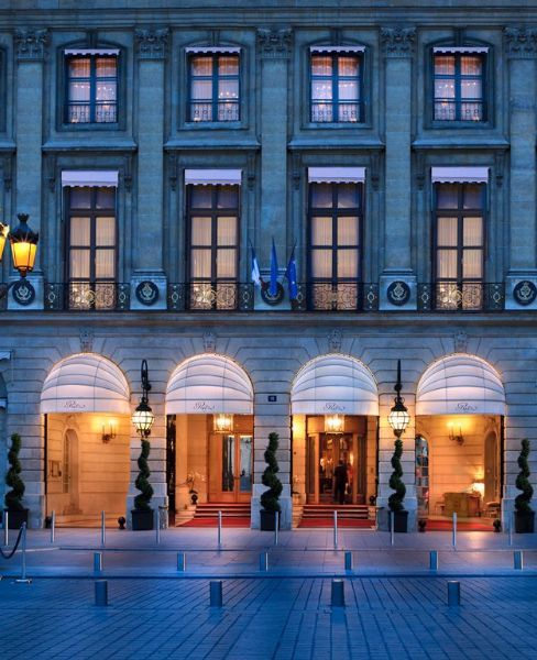 Stunning! Ritz Paris exterior at night. #Parishotel #Parisstreets