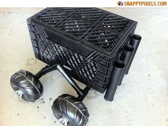 Diy for used milk crates 29 upcycle pictures for Milk crate crafts