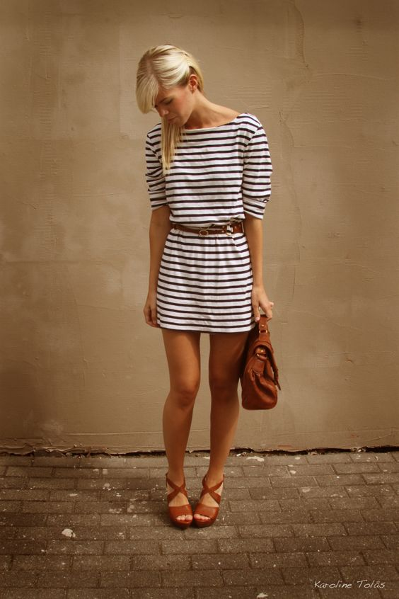 :: i love the nautical print and cognac colored sandals::