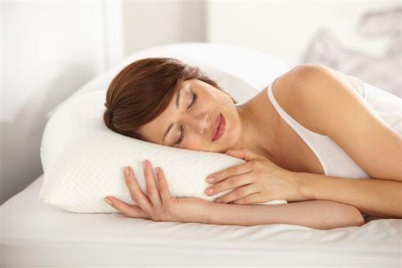 Dormir bien: 5 beneficios que pueden mejorar tu estilo de vida http://www.gabinetedebelleza.com/consejos-utiles/mas-bella-con-mas-descanso.html