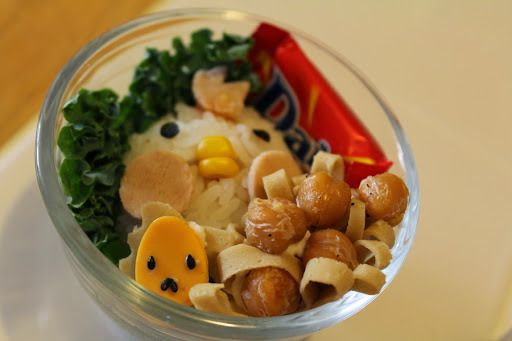 Easy vegan rice ball, chicken head and nest with chickpea eggs for cute lunches/bentos