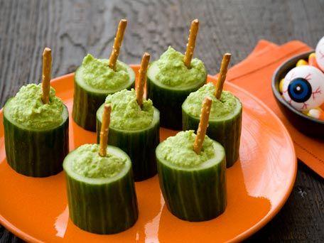Witch Cauldrons: Cauldrons Halloween, Cucumber Cauldrons, Food Ideas, Party Idea, Halloween Food, Cauldrons Recipe, Cauldrons Kitchendaily, Witches Cauldrons