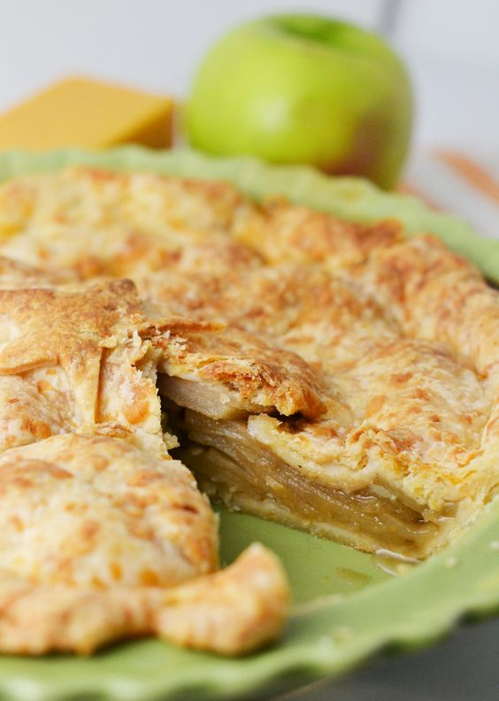 ... : Apple Pie with a Cheddar Crust | Apple Pies, Cheddar and Pies