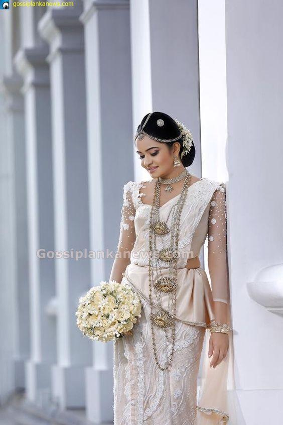 Sri Lankan kandyan bride