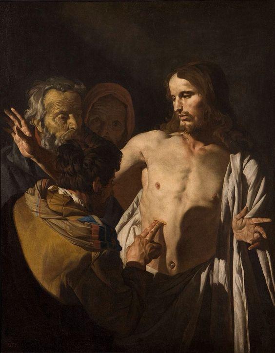 """La incredulidad de Santo Tomás (1642-1649) de Matthias Stom.Ocho días después, estaban otra vez sus discípulos dentro y Tomás con ellos. Se presentó Jesús en medio estando las puertas cerradas y dijo: """"La paz con vosotros"""". Luego dice a Tomás: """"Acerca aquí tu dedo y mira mis manos; trae tu mano y métela en mi costado y no seas incrédulo sino creyente"""" (Jn 20, 26-27)."""