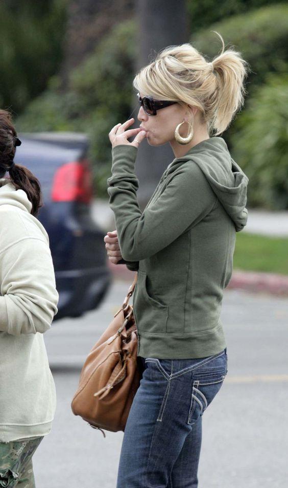 Jessica Simpson. Side bangs
