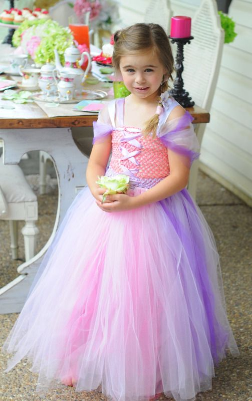 Tutus on pinterest for Maison de raiponce