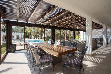 Los Monteros - Spain contemporary patio