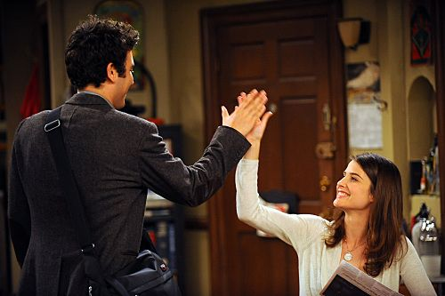 Josh Radnor And Cobie Smulders In How I Met Your Mother 2005