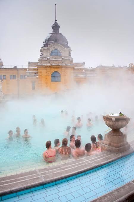 bae8da6c1ea79b949bcd17042aba9167 - 10 Things To See & Do In Budapest, Hungary