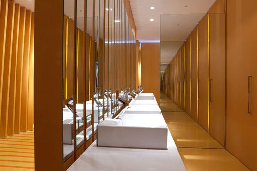 Public toilets interior design by maria beatriz blanco - Interior design for washroom ...