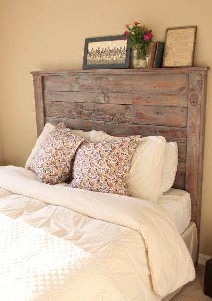 Diy pallet headboard home enhancements by jana pallet for How to make a wood pallet headboard