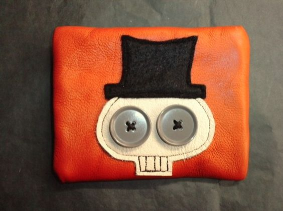 i might need to revamp my skull applique to look like this. so cute!