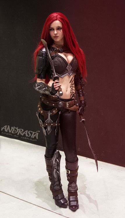 Katarina New Dawn cosplay from League of Legends: