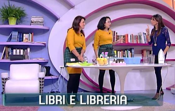 Come pulire libri e scaffali | Titty e Flavia, esperte di economia domestica e…