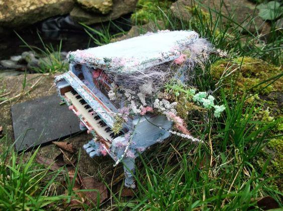 Magic musical Faerie Piano