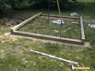 This is a continuation of the article series on the construction of my shed. I found many different recommendations for foundations for garden sheds.  I decided to not go with a poured concrete bas…