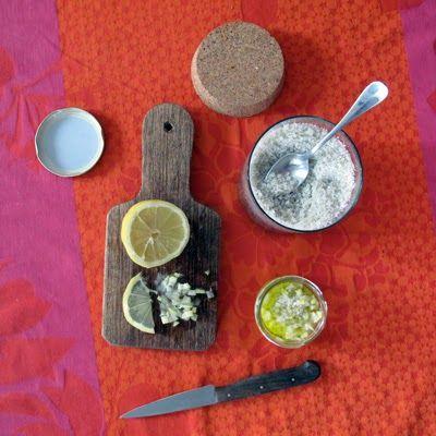 De la peau au noyau: Citrons confits express au sel et à l'huile d'olive