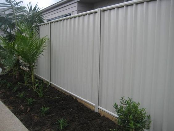 Contemporary Style Colorbond Fence I Like This Colour If
