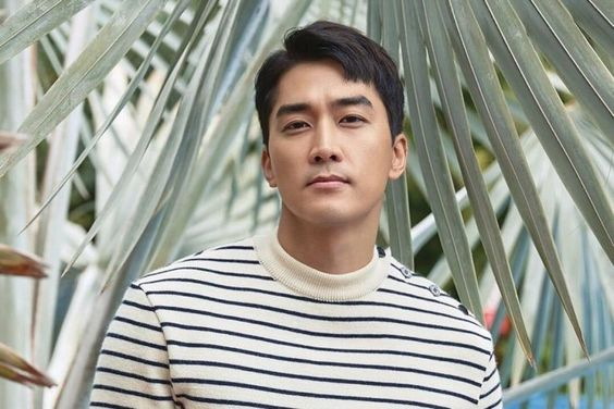 Song Seung Heon In Talks To Star In New tvN Drama