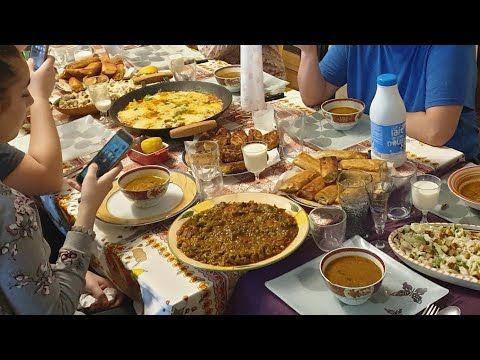 روتين رمضان تحضير مائدة إفطار مع البنات و سهرة بوقالات عقدي و نوي Routine Ramadan Youtube Make It Yourself Ramadan
