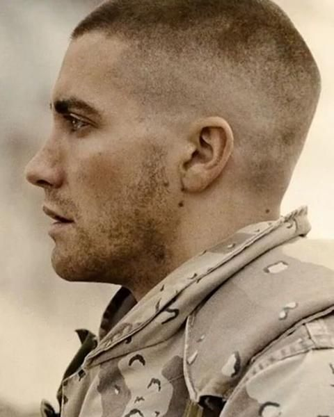 Every Jake Gyllenhaal Haircut How To Get Them Jarhead Haircut Army Haircut Mens Haircuts Short