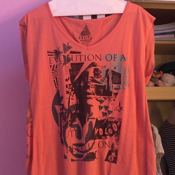 Volcom shirt Open back flowy volcom shirt Volcom Tops Tees - Short Sleeve