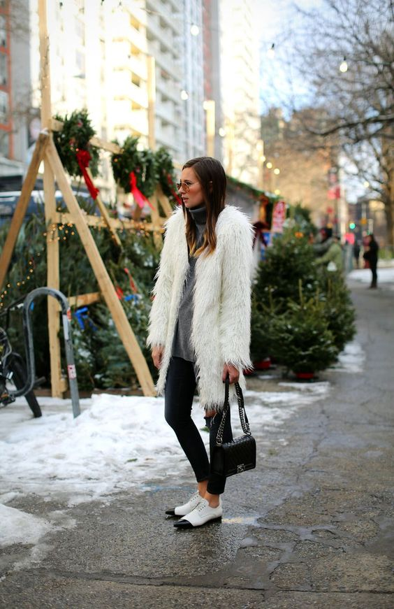 3 holiday-yetty-danielle-bernstein-weworewhat