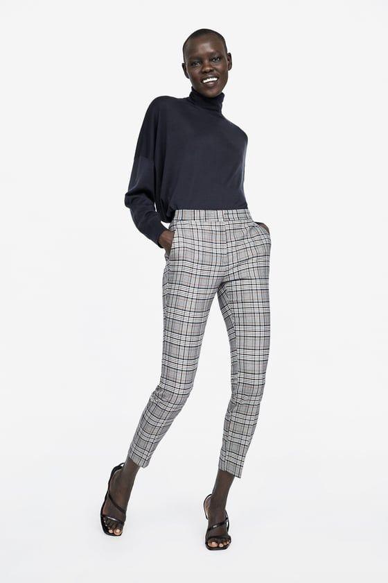 Pantalones Grises Con Diseno A Cuadros Zara
