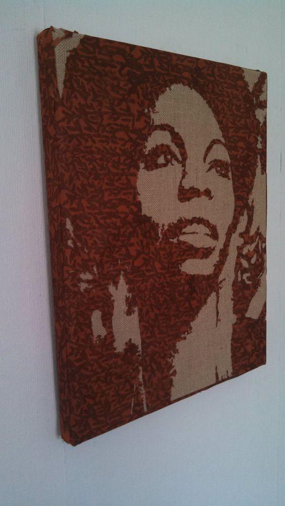 Nina Simone op een jute doek Jazz muzikant Stencil door DrippedInk