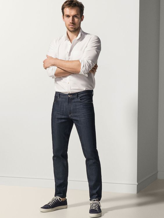 Andrew Cooper for Massimo Dutti - SLIM FIT DISTRESSED JEANS