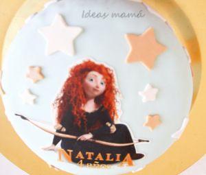Tarta Brave personalizada con el nombre de la niña del cumple