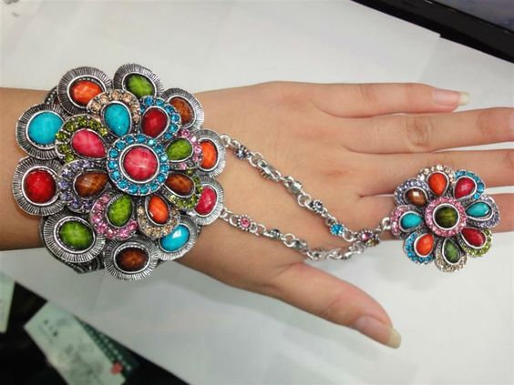 Bw20813 2012 Latest Trend Multicolor Bracelet With Infinity Rings ...