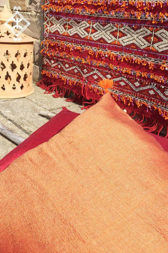 Berber Vegan Silk Cushion Marokkanisch Kissen Ostern Square Sabra