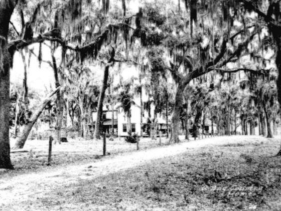 Florida Memory - A Bay County [?] home - Valparaiso, Florida  c. 1920