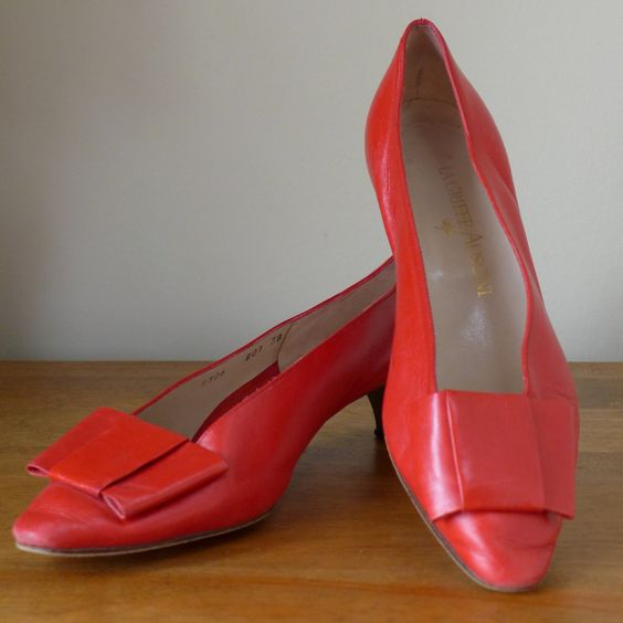 1980's+Red+Leather+Pumps+/+Red+Vintage+Shoes+by+inVintageCondition,+$30,00