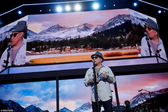 Paul Simon was also spotted on the DNC stage on Sunday as he went through a sound check...