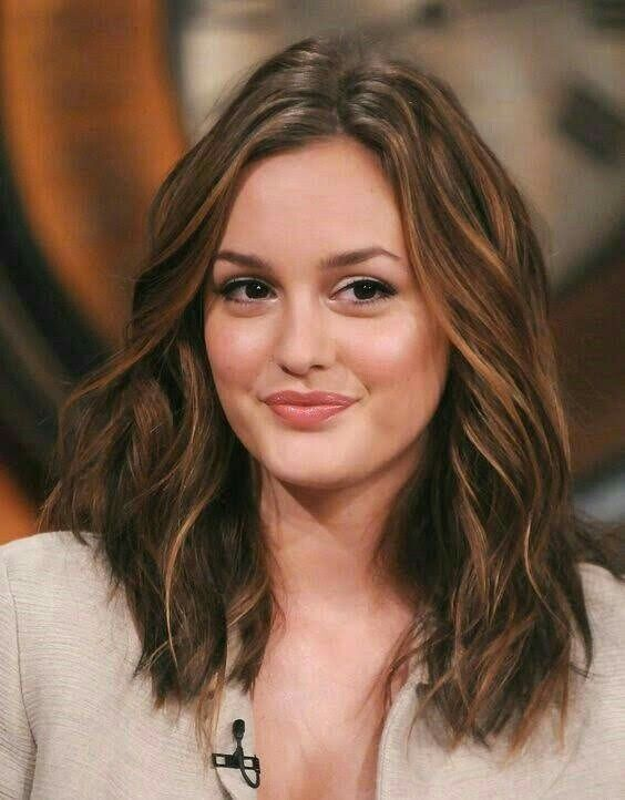 Leighton Meester Hair Color In 2020 Leighton Meester Hair Wavy Hair Gossip Girl Hairstyles