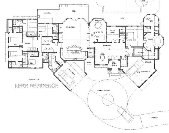 Homeschool traditional and mansions on pinterest for Starter home floor plans