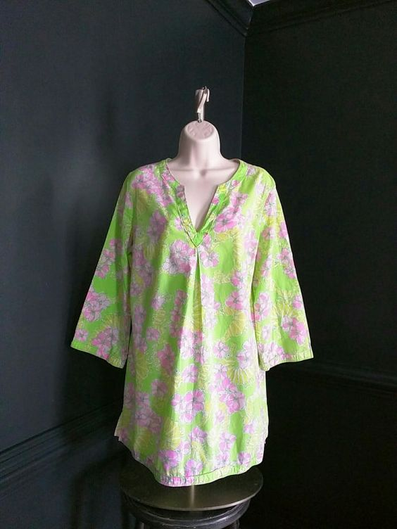 Lilly Pulitzer Tunic - Beach Cover Up - Resort Wear Size Medium - Short Lime Green and Pink Caftan