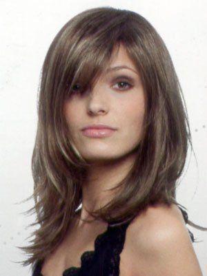 Frisuren Halblang Phoca Thumb L Halb3 Frisuren Halb3 Halblang Phoca Stufig Thumb Long Hair Styles Hair Styles Medium Length Hair Styles